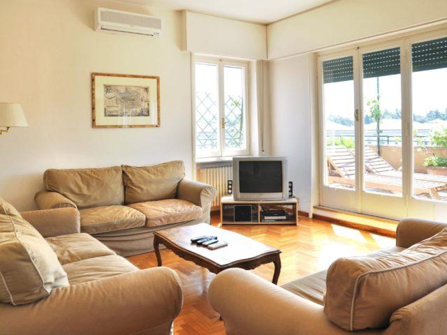 09_living room